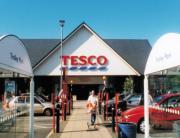 Britse verzekeraars zien supermarkt als bedreiging