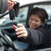 Verzekeraars positief over 'begeleid rijden'