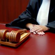 Bonden met cao-perikelen CED naar de rechter