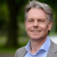 Van der Hoek komt, Ploeg gaat bij De Friesland