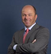 Frans van den Hurk in bestuur AFM