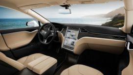 Tesla kopen? Standaard verzekering erbij