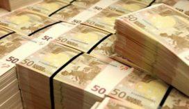 'Verzekeraars afwijzend tegenover tussentijdse overname pensioen-bv'