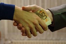 NVM: 'Taxateur onderdeel van systeem met perverse prikkels'