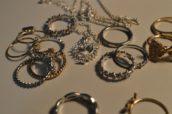 Identieke sieraden twee keer gestolen: daar trappen ASR en Kifid niet in
