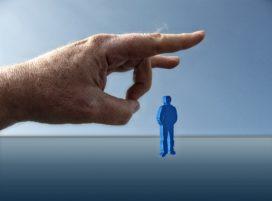 Nieuwe werkloosheidscijfers: vooral oudere bankmedewerker is de klos