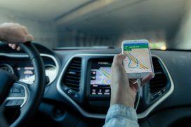 Aon ontwikkelt ongevallenverzekering voor Uber-chauffeurs