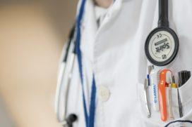 'Zorgverzekeraars frustreren ontwikkeling nieuwe medicijnen'