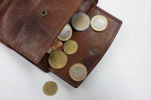 Loonstijging 4% voor werknemers verzekeringsbedrijf