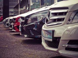 Autofabrikanten transformeren en plaatsen stip op horizon elektrisch rijden