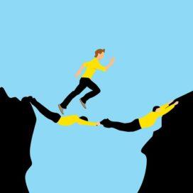 Intermediair en verzekeraar vertrouwen elkaar een beetje en de politiek helemaal niet