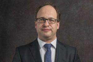 Minister Koolmees over pensioen notarissen: 'Verplichte deelname is aan beroepsvereniging of bedrijfsleven'