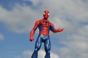 Lloyd's wil via rechter 'spidermannen' van gevel weren