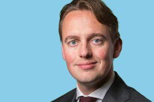 Kamerlid over salaris ASR-bestuurders: 'Speelt het 'old boys network' elkaar weer de bal toe in de financiële sector?'